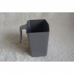 Mesure plastique grise