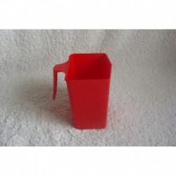 Mesure plastique rouge